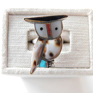 VINTAGE sterling owl ring with shell turquoise